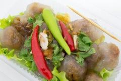 Delizioso piccante del peperoncino rosso rosso della carne di maiale della tapioca molto Fotografia Stock
