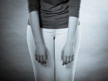 Delkroppkvinnan i resignerat poserar Royaltyfria Bilder
