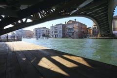 Dell 'Accademia de Ponte em Veneza imagens de stock