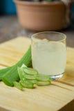 Dell'aloe di Vera del gel uso quasi nella medicina dell'alimento e nell'industria di bellezza Fotografia Stock
