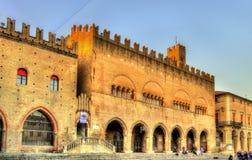 Dell'Arengo di Palazzo sulla piazza Cavour a Rimini Immagini Stock