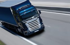 Dell'azzurro camion semi Immagine Stock