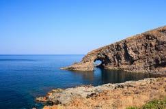 Dell'Elefante d'Arco, Pantelleria Photographie stock libre de droits