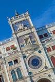 Dell Orologio Torre (башня с часами) в Венеции, Италии Стоковое Фото