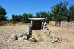 Della Chianca del dolmen en la ciudad de Bisceglie, Apulia, Italia foto de archivo libre de regalías
