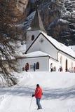 Della Croce - Ospizio Santa Croce - Chiesa Santa Croce di Sasso nell'ambito del gruppo nelle dolomia italiane, Trentino, AIS di C Fotografie Stock