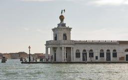 Della Dogane, de Punta aduanas anterior en Venecia, Italia Foto de archivo libre de regalías