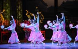 Della domestica- l'atto rosa in primo luogo degli eventi di dramma-Shawan di ballo del passato Fotografia Stock