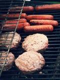 Della griglia alimento fuori per il cuoco fuori Immagini Stock Libere da Diritti