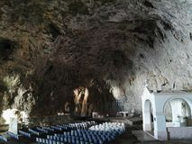 Della Grotta de Madonna del della de Chiesa Imagen de archivo libre de regalías