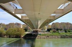 Della Musica, un puente de acero blanco moderno de Ponte en el corazón de Imagen de archivo libre de regalías