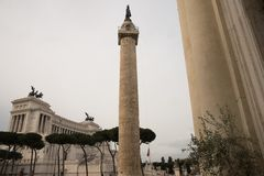Della Patria, IL Vittoriano, colonna di Altare del ` s di Roma, Italia Traiano Fotografia Stock