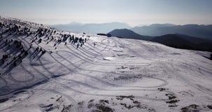 Della Presolana, Bérgamo, Italia de Castione Paisaje en el área del esquí de Monte Pora en la estación del invierno en el rastro  almacen de metraje de vídeo