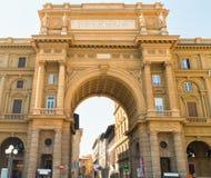 Della Repubblica аркады, Флоренс, Италия Стоковая Фотография