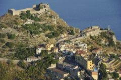 Della Rocca de Madonna de Taormina, del castillo y de la capilla Fotografía de archivo
