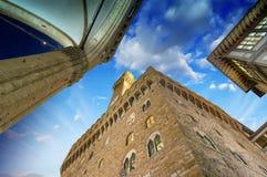 Della Signoria de Palazzo Vecchio y de la plaza en Florencia. Hermoso Imagen de archivo libre de regalías