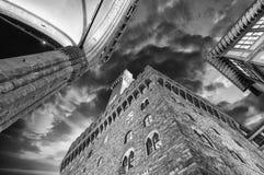 Della Signoria de Palazzo Vecchio y de la plaza en Florencia. Hermoso Imágenes de archivo libres de regalías