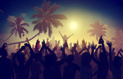 Della spiaggia di estate di musica di concerto concetto ricreativo di inseguimento all'aperto fotografia stock