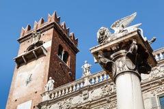 Delle Erbe della piazza e leone del contrassegno santo fotografia stock