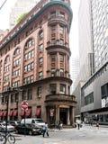 Delmonico的入口,华尔街地区,更低的曼哈顿 免版税库存照片