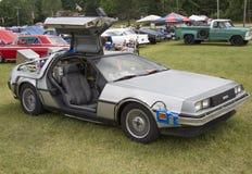 DeLorean DMC-12 zurück zu dem zukünftigen Auto-Modell Lizenzfreie Stockfotos