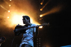 Delorean, Spaanse alternatieve dansband, presteert bij het Correcte 2013 Festival van Heineken Primavera Stock Foto