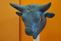 Delphi Archaeological Museum tjurskulptur royaltyfria foton