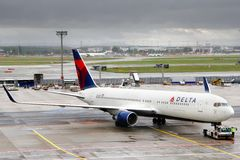 Delta Air Lines Boeing 767 Royalty Free Stock Photos