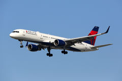 Delta Air Lines Boeing 757-200 airplane Royalty Free Stock Images