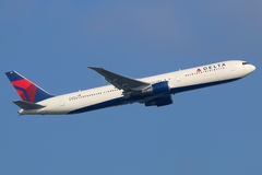 Delta Air Lines Boeing 767-400 Royalty Free Stock Photo