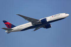 Delta Air Lines Boeing 777-200LR Stock Photos