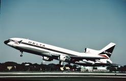 Delta Air Lines Lockheed L-1011 sale el Fort Lauderdale, la Florida el 22 de diciembre de 1984 Fotografía de archivo libre de regalías