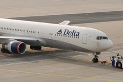 Delta Airlines B767. Image can be used todepict different articles regarding this company Royalty Free Stock Image