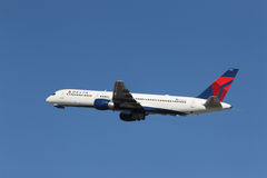Delta Airlines Boeing 757-232 Royaltyfria Bilder
