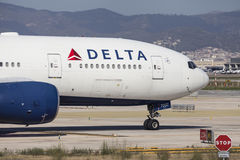 Delta Airlines Boeing 777-200ER näsa Arkivbild