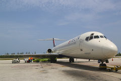 Delta Airlines McDonnell Douglas MD-80  at Owen Roberts International Airport at Grand Cayman Stock Images