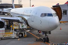 Delta Boeing 767-332(ER) in airport, in Tokyo, Japan Royalty Free Stock Photography