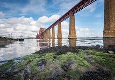 Delta de adiante do castelo de Edimburgo, Escócia imagem de stock royalty free