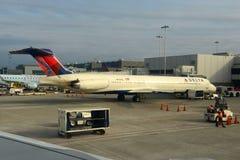 Delta MD-88 an Ft Lauderdale-Flughafen Stockfoto