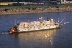 The Delta Queen, a relic of the steamboat era of the 19th century, still rolls down the Mississippi River Stock Photos