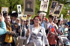 Deltagare av det odödliga regementet - offentlig handling, som deltagare bar under ståenden Royaltyfria Foton