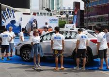 Deltagare till Subaru gömma i handflatan utmaningen 2018 royaltyfria foton