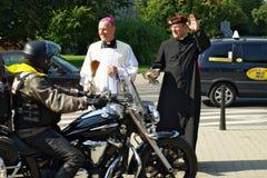 Deltagaren av den 14th internationella motorcykeln Katyn samlar Arkivbild