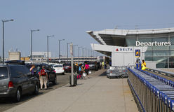 Deltaluchtvaartlijnterminal 4 in John F Kennedy International Airport in New York Royalty-vrije Stock Foto's