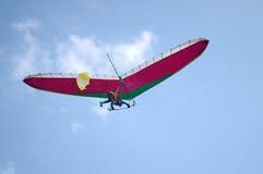 Deltaplano del vuelo de deslizamiento Foto de archivo libre de regalías