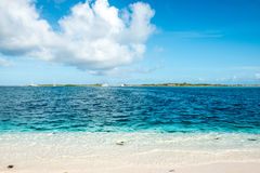 Delve into Paradise, Los Roques National Park. Los Roques archipelago is a federal dependency of Venezuela consisting of approximately 350 islands, cays, and Stock Photo