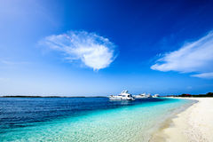 Delve into Paradise, Los Roques National Park. Los Roques archipelago is a federal dependency of Venezuela consisting of approximately 350 islands, cays, and Stock Photography