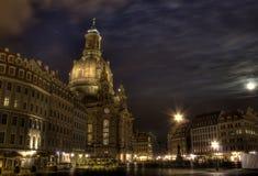 Dem Neumarkt do auf de Nacht em Dresden Foto de Stock