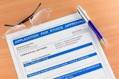 Demande de forme d'approbation d'éthique sur le Tableau images stock
