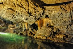 Demanovska grotta av frihet, Slovakien Europa royaltyfri foto